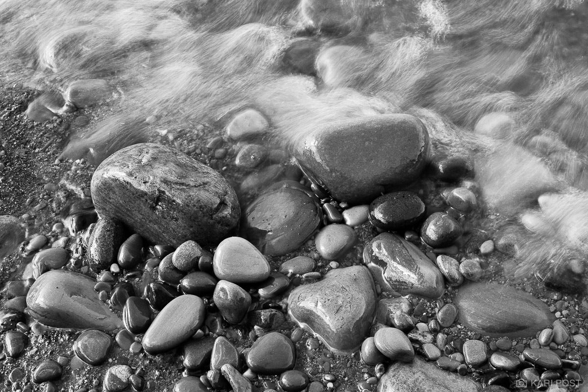 Lake Ontario, shore, rocks, pebbles, wave, New York, Chimney Bluffs State Park, photo