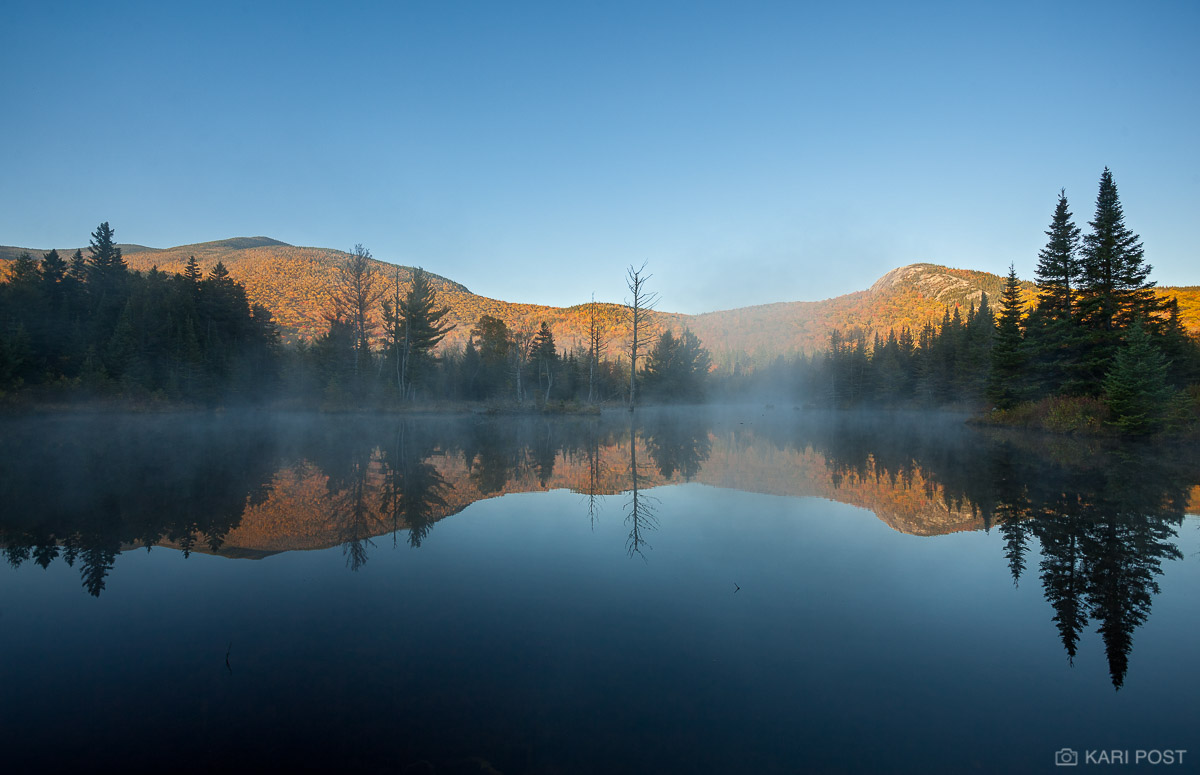 New Hampshire, Sugarloaf Mountain, autumn, foliage, fog, pond, photo